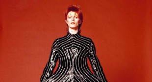 Updated: David Bowie Show Coming to AGO From V&A