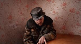 Donald Weber: Interrogations