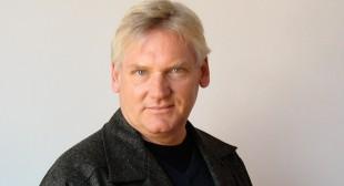 Canadian Art Editor Richard Rhodes Announces His Departure