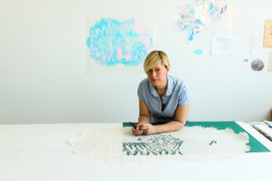 Paper Hearts: In the Studio with Lizz Aston